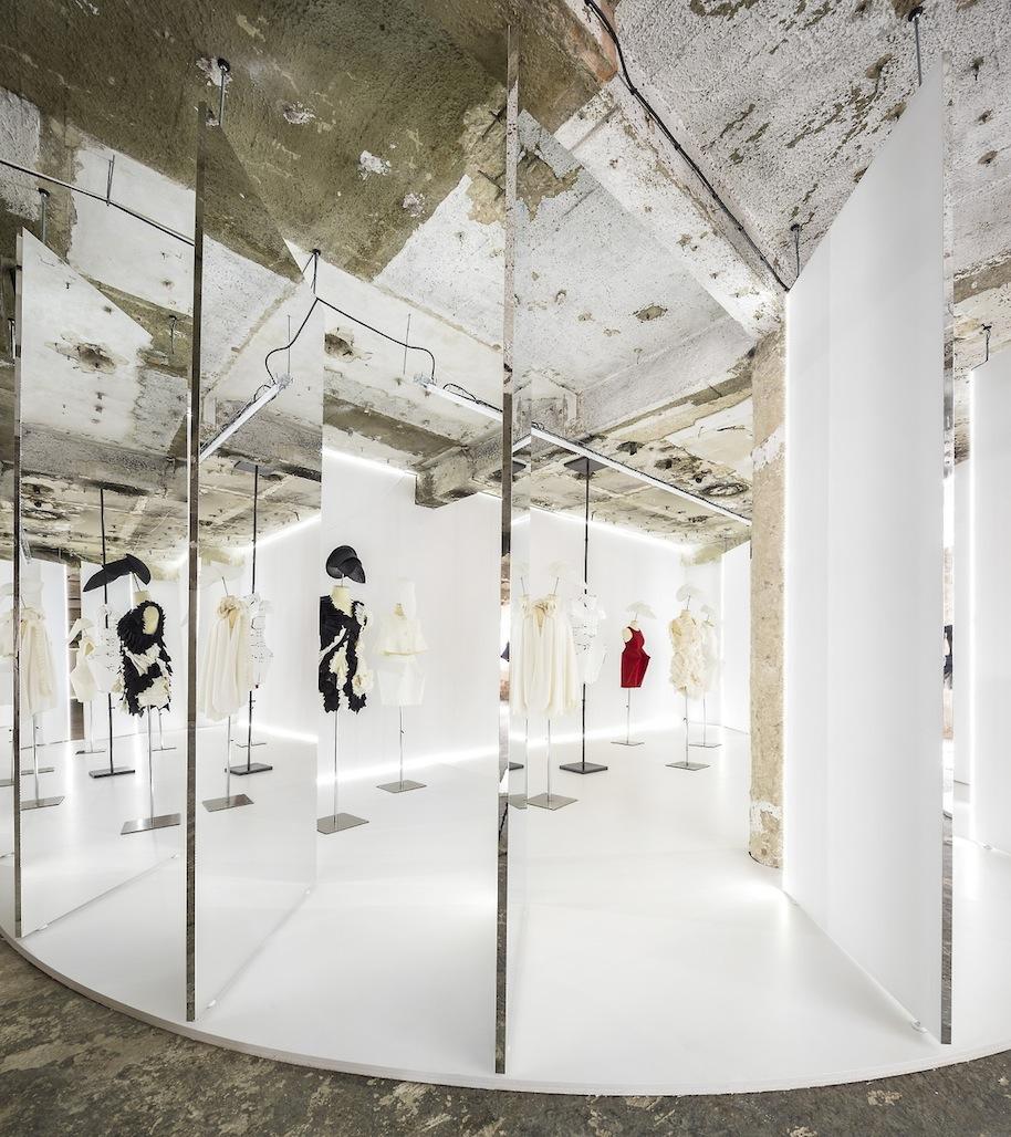 Felipe-Oliveira-Baptista-Exhibition.21.jpg