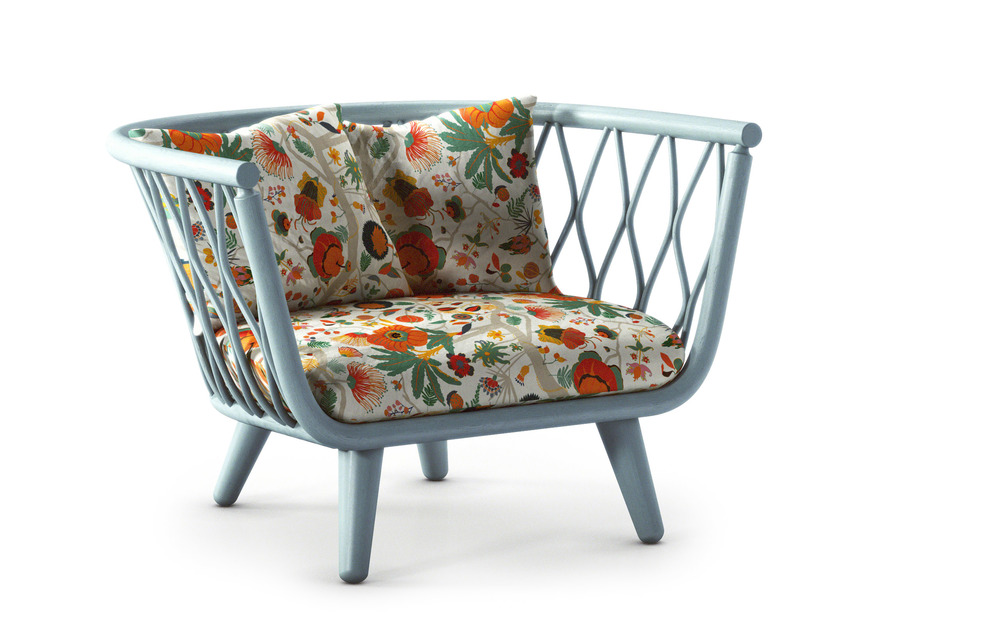 taffeta_chair_blue_by_alvin_tjitrowirjo_for_moooi.jpg