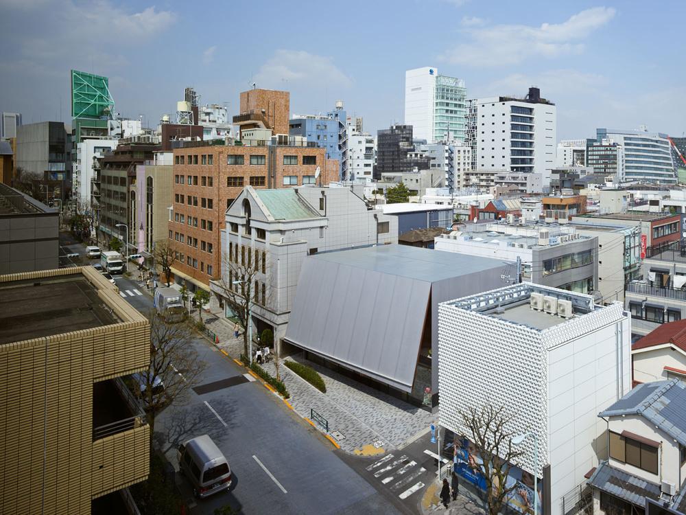 miumiu_aoyama_3rd_002.jpg