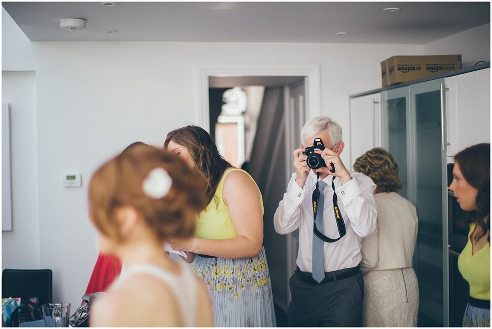 wedding-photographer-northern-ireland-oxford-milletsfarm_0018.jpg