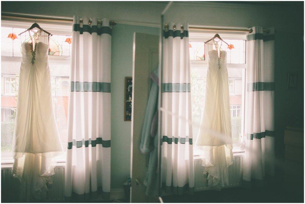 northern-ireland-wedding-photographer-larchfield_0250.jpg