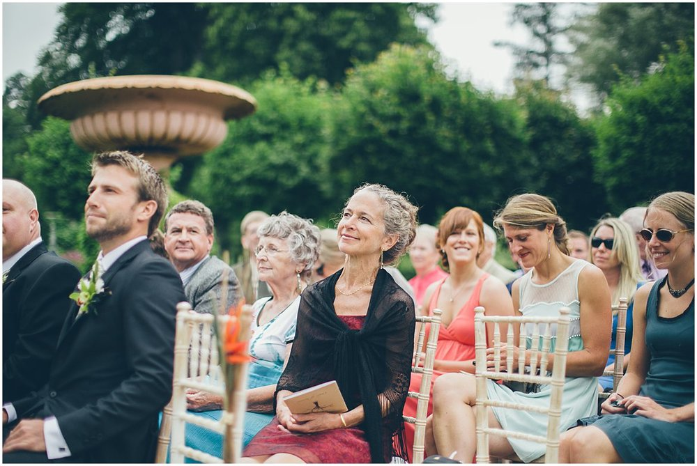 northern-ireland-wedding-photographer-larchfield_0279.jpg