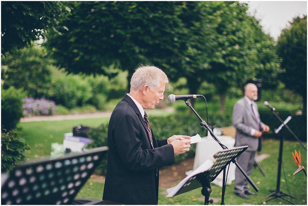 northern-ireland-wedding-photographer-larchfield_0288.jpg