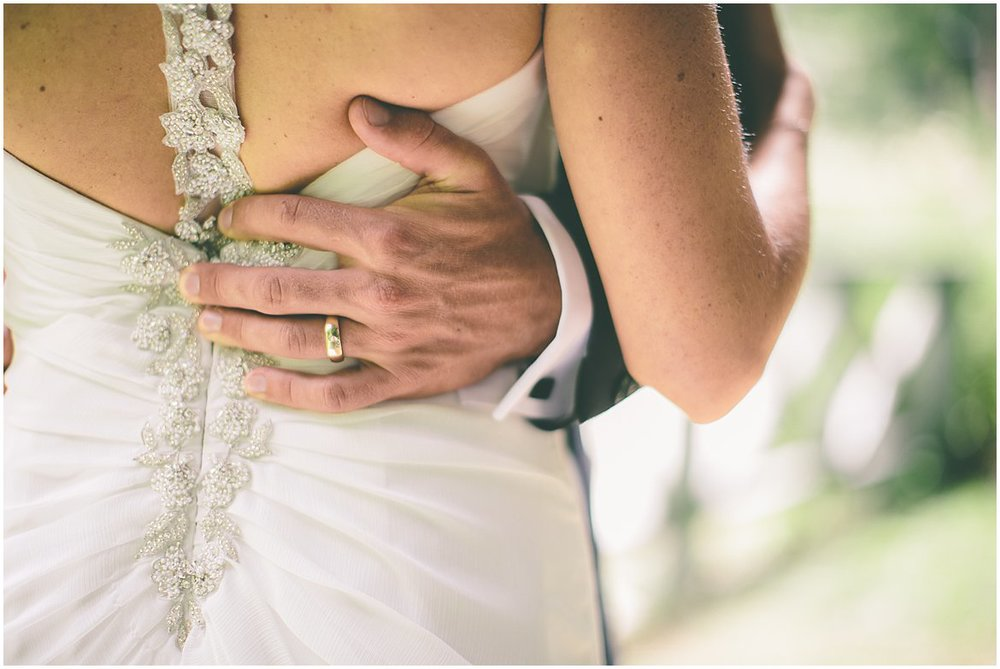 northern-ireland-wedding-photographer-larchfield_0329.jpg