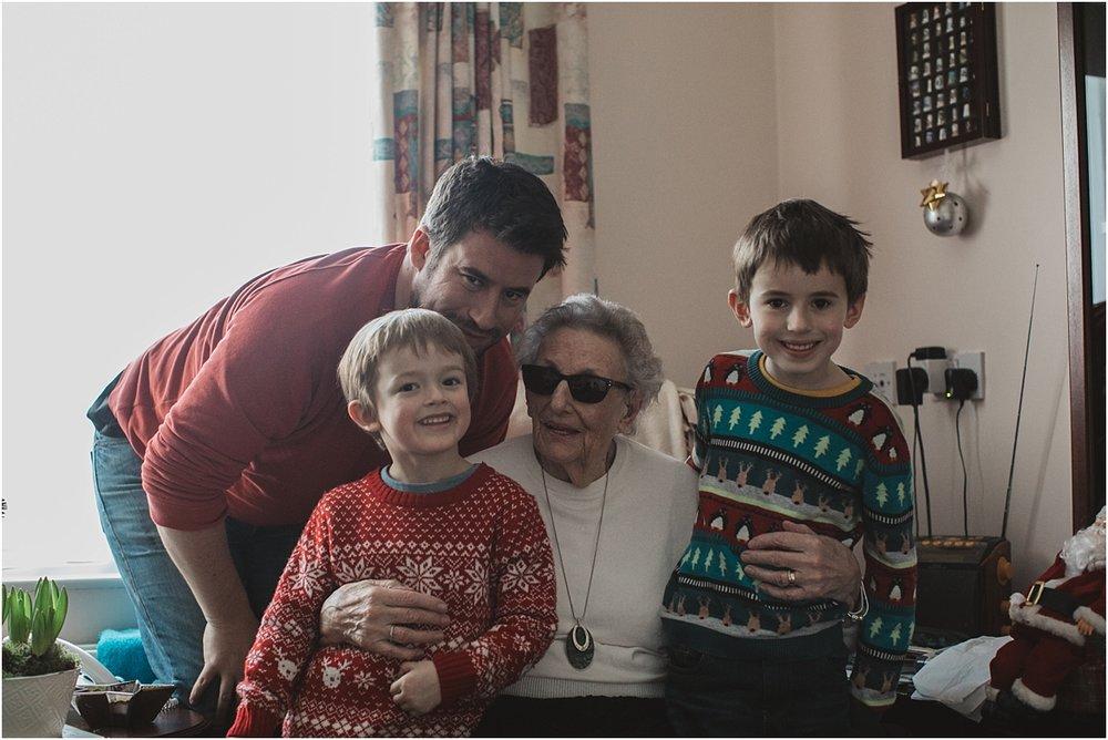 family christmas 2016_0002.jpg
