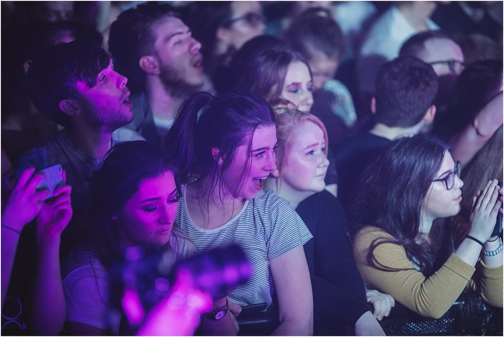 twodoorcinemaclub-a face in the crowd_0014.jpg