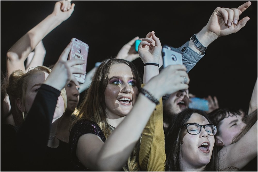 twodoorcinemaclub-a face in the crowd_0024.jpg