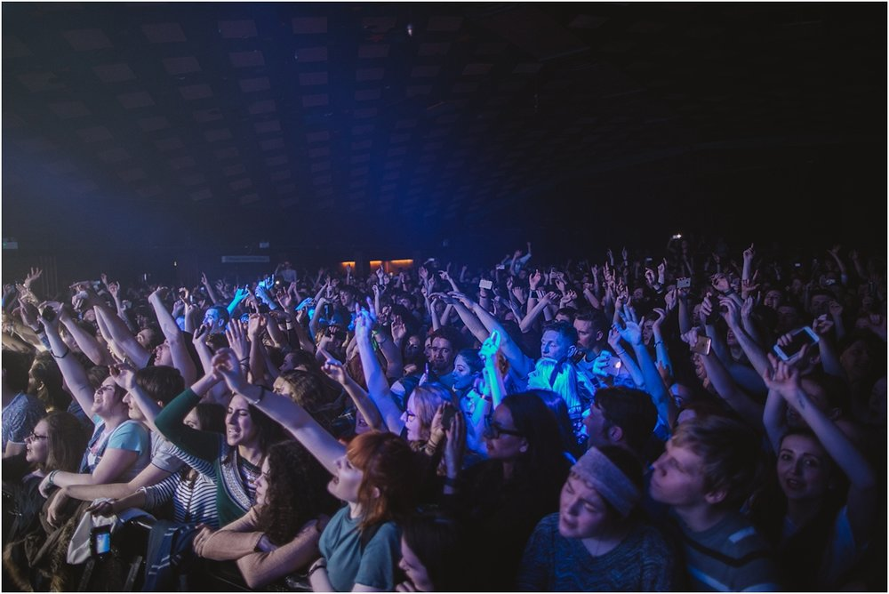 twodoorcinemaclub-a face in the crowd_0027.jpg