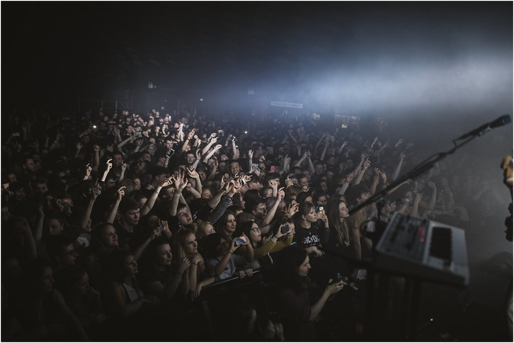twodoorcinemaclub-a face in the crowd_0028.jpg