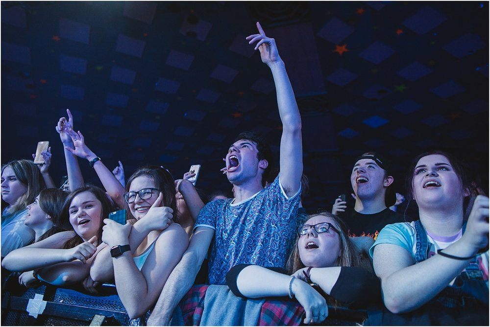 twodoorcinemaclub-a face in the crowd_0037.jpg