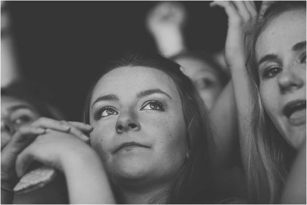 twodoorcinemaclub-a face in the crowd_0041.jpg