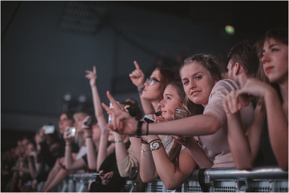 twodoorcinemaclub-a face in the crowd_0048.jpg
