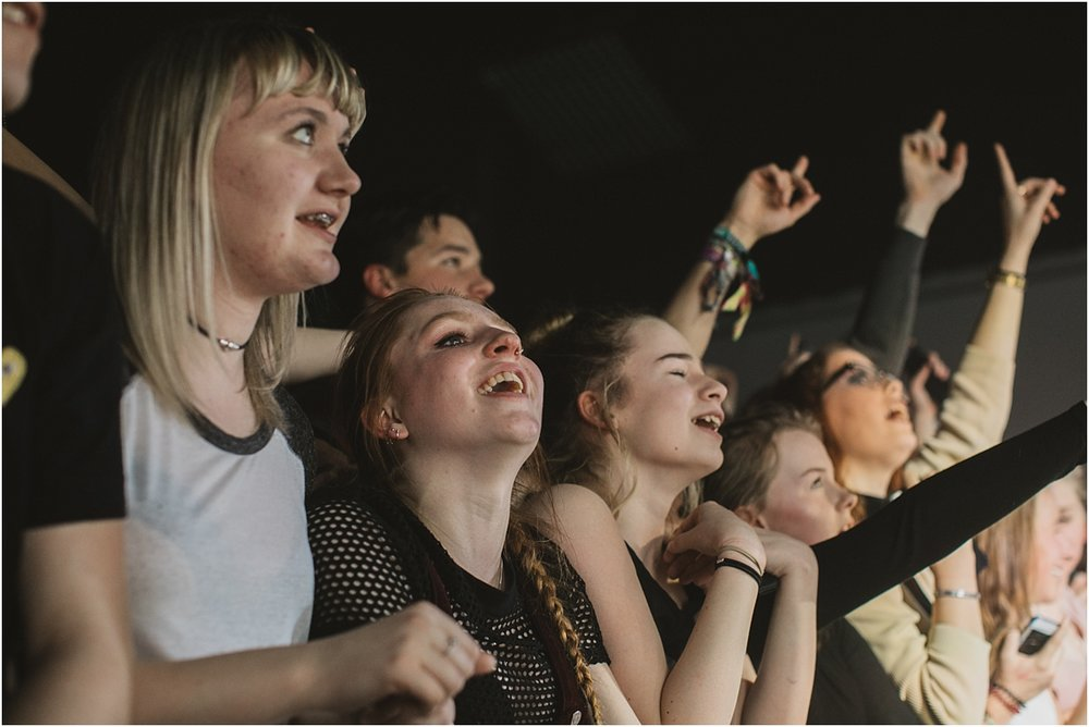 twodoorcinemaclub-a face in the crowd_0073.jpg
