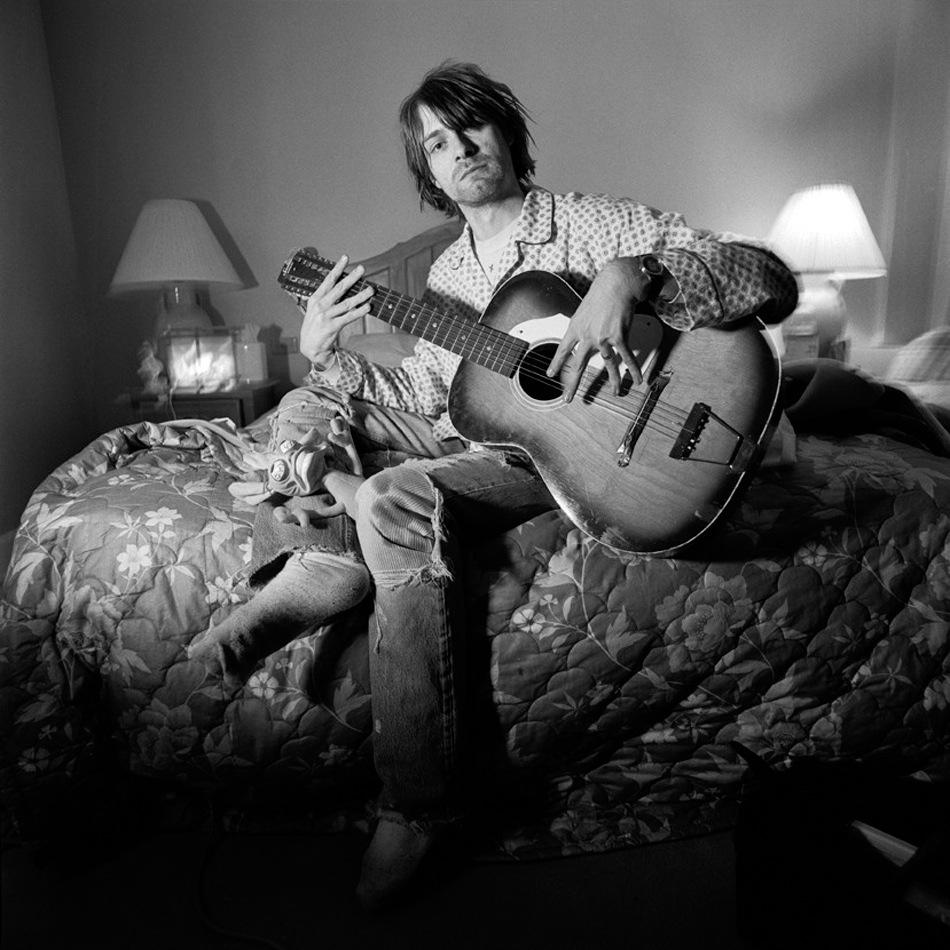 Nirvana-Kurt_Cobain-0-4-namelesshere.jpeg