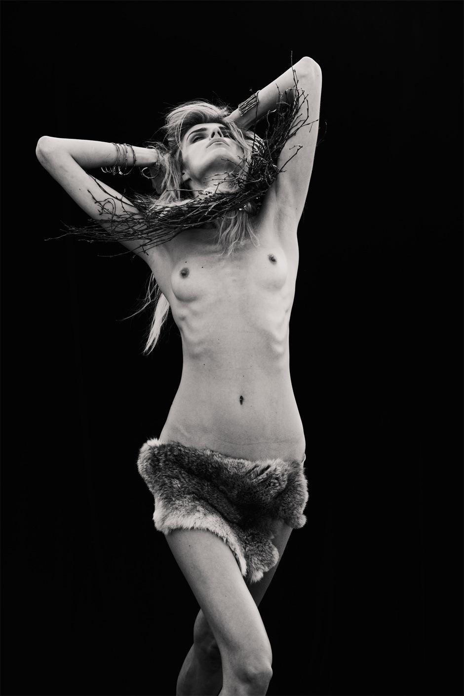 Milena-Aaron_Feaver-Confashion_Magazine-03-fashionising.jpeg