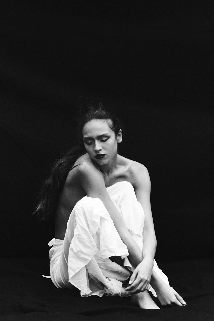 Pavlina_Eneva-Thomas_Babeau-Riven-03.jpg