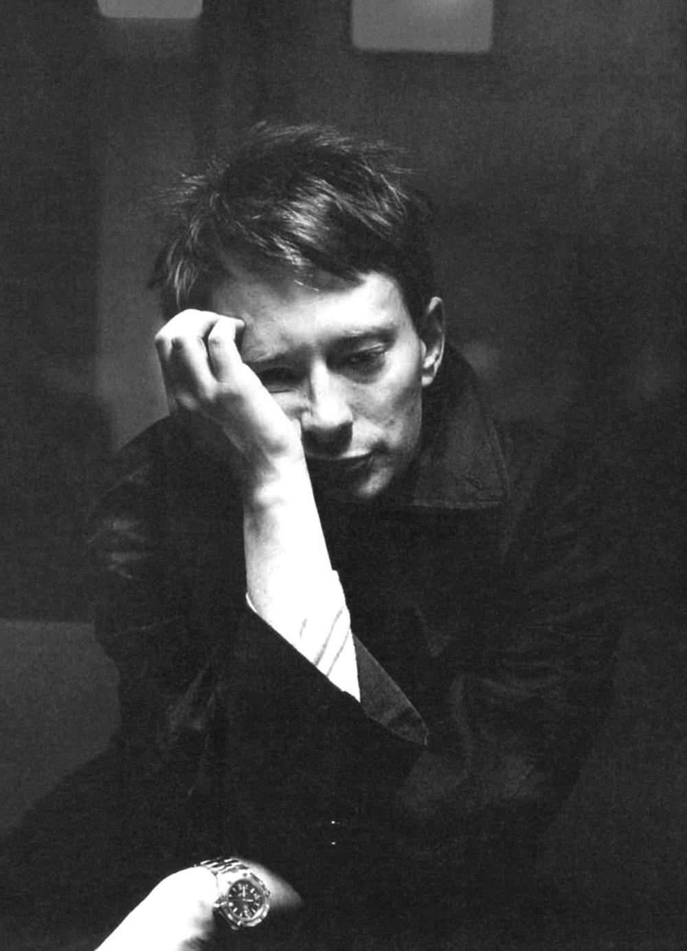 Radiohead-Thom_Yorke-33-kenyszerzubbony.jpg