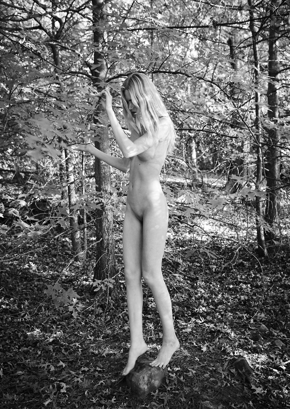 Maritza_Veer-Ulrich_Knoblauch-Russh_Magazine-02.jpg