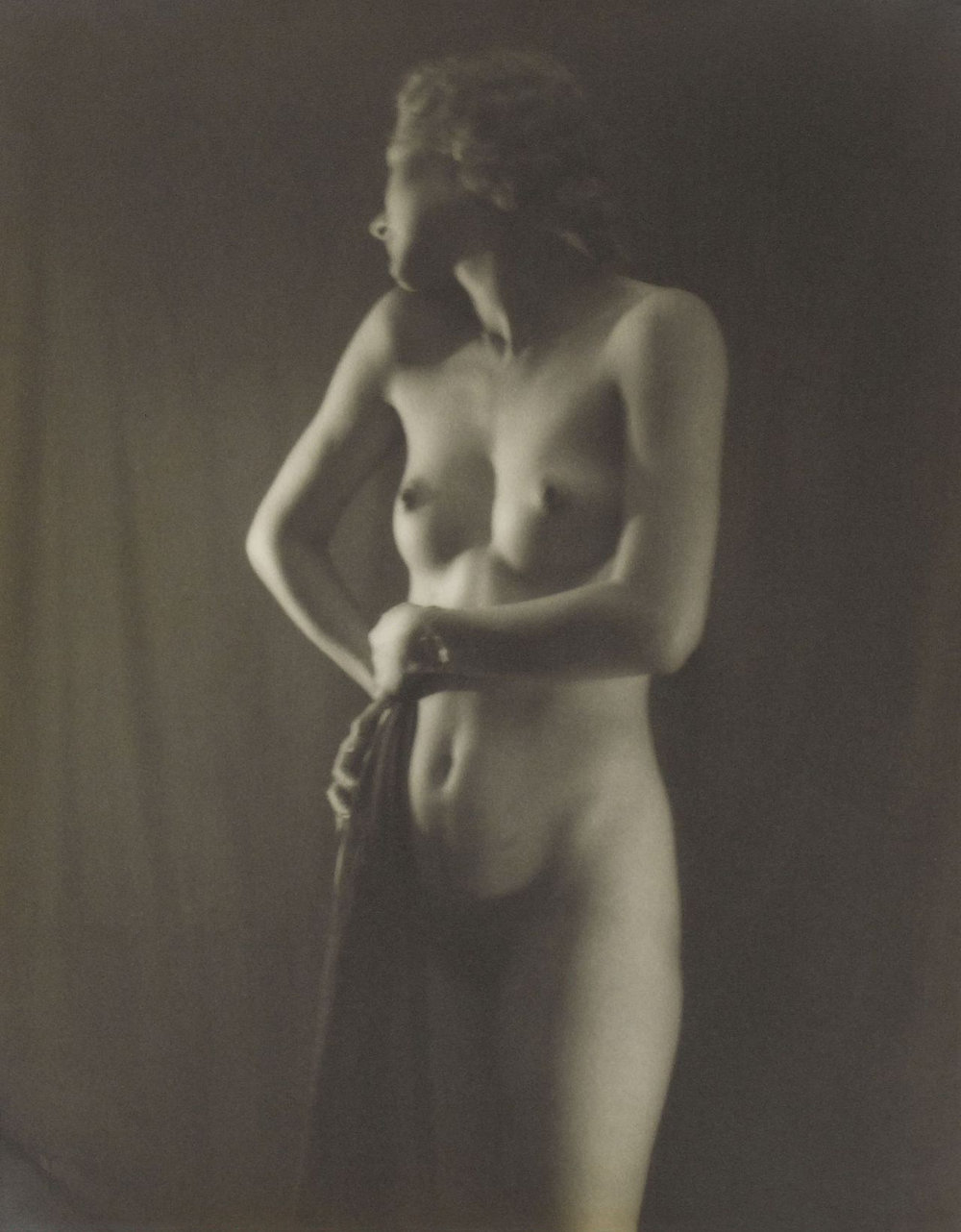 Arthur_Smith_Gray-Standing_Nude-c1940-fragrantblossoms.jpg