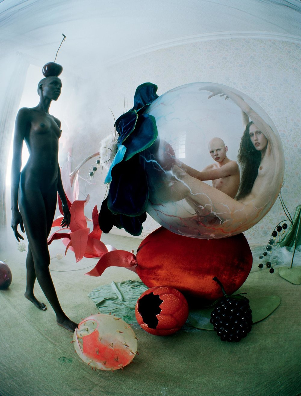 Tim_Walker-Love_Magazine-02.jpg