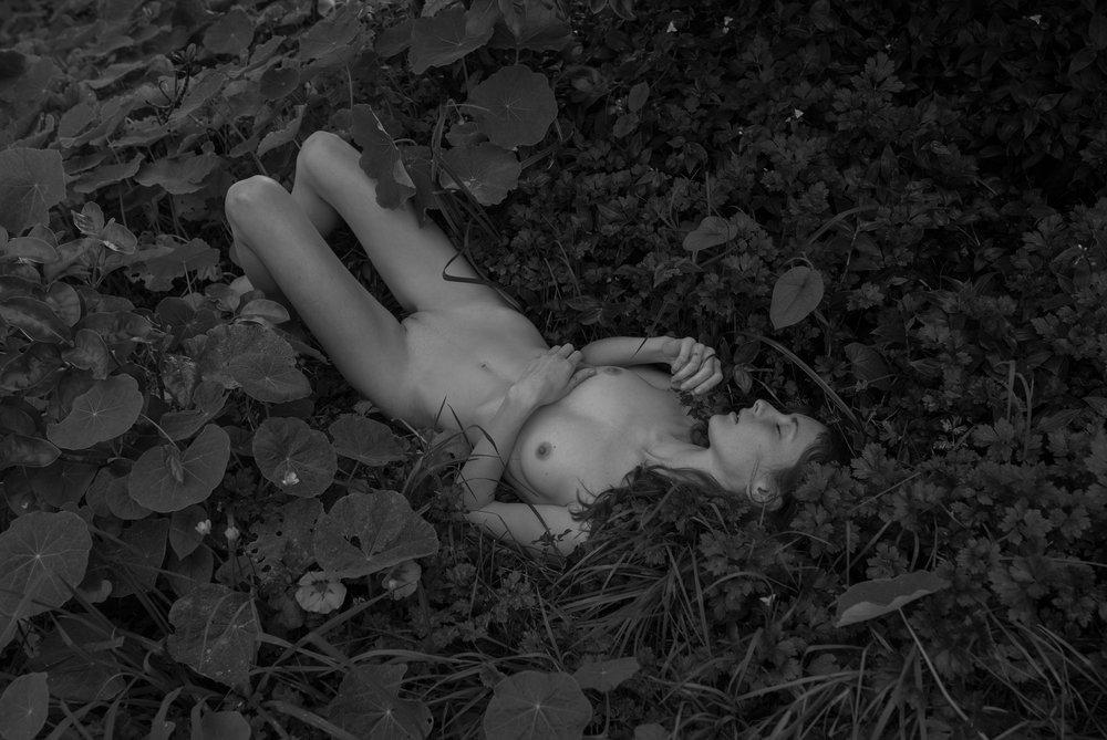 Nicole_Leybourne-Claire_Hart-P_Magazine-07.jpg