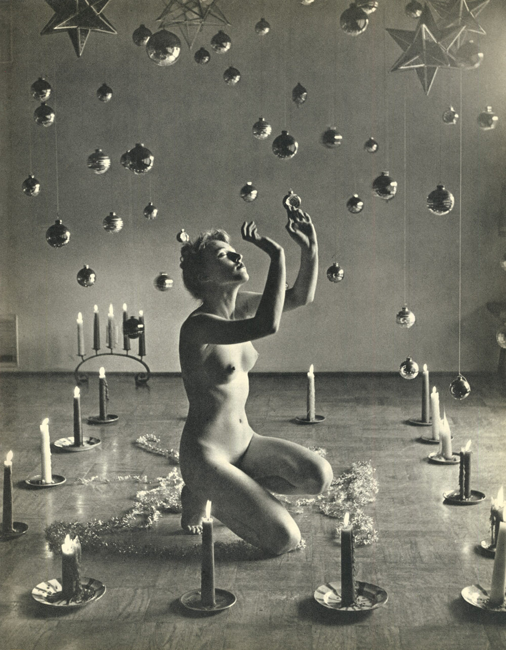 Andre_de_Dienes-night-rooms.jpg
