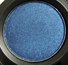 Ta-daaaaa!!!!!  A denim-colored shadow (One of many in my kit!  Of course each was just a bit different than the one before!) really showcased summer eyes!  This ain't your 80s blue eye shadow, that's for sure!