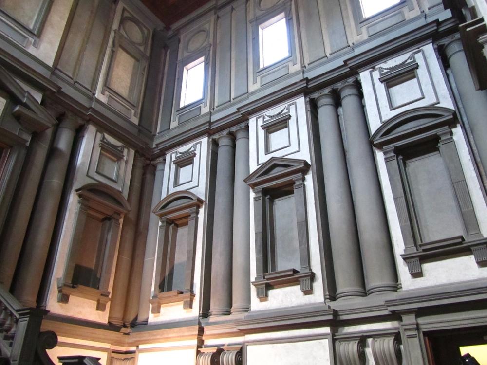 Michaelangelo's Laurentien Library (vestibule)