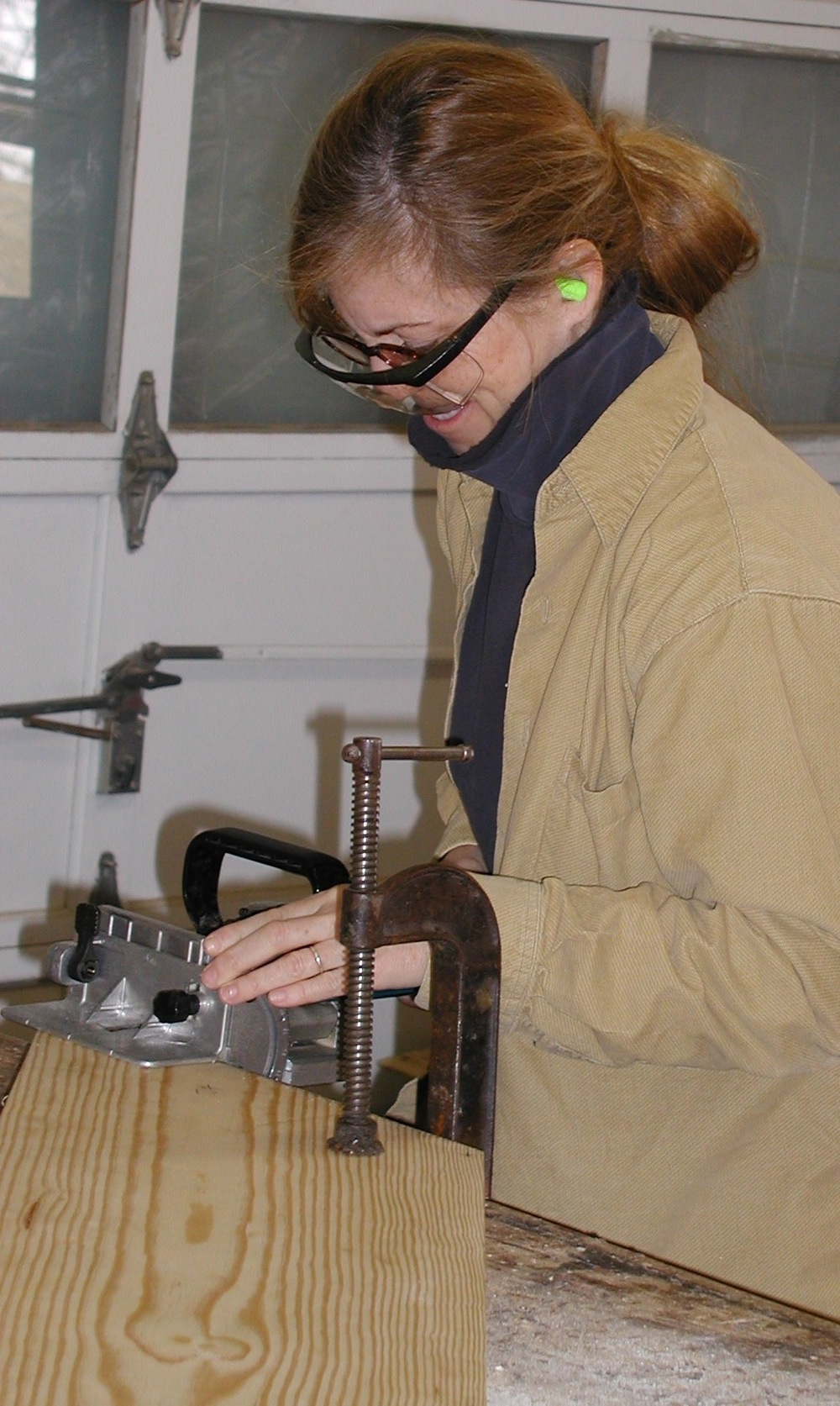 in sculpture studio.JPG