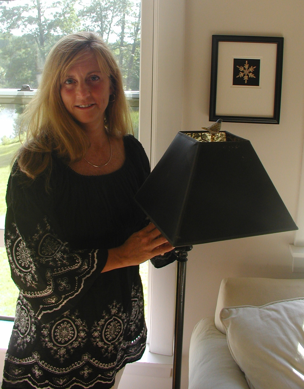 Amy with Lamp.JPG