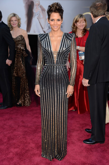 Halle Berry looked absolutely stunning as well as powerful in Versac