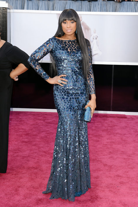 Jennifer Hudson showed off that body with this form fitting gown. A favorite.