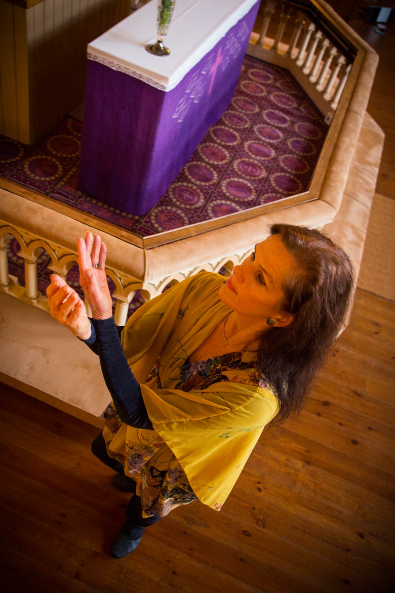 Tiina Sara-aho TM, meditatiivisen ja pyhän tanssin ohjaaja