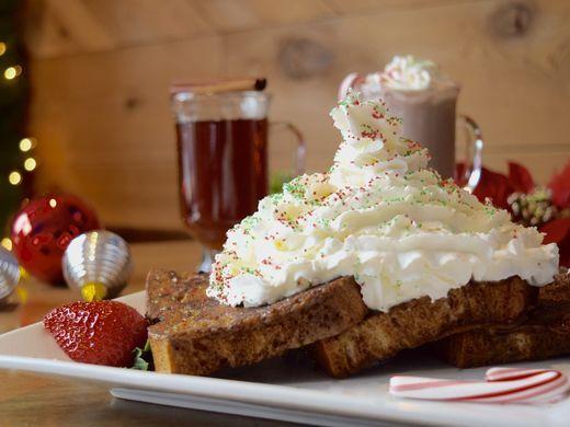 636479834081469070-Commonwealth-Gingerbread-French-Toast-1.jpg