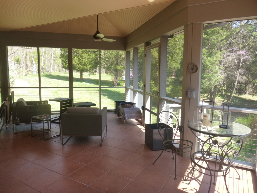 Contemporary screened porch addition fine line home for Modern screened porch