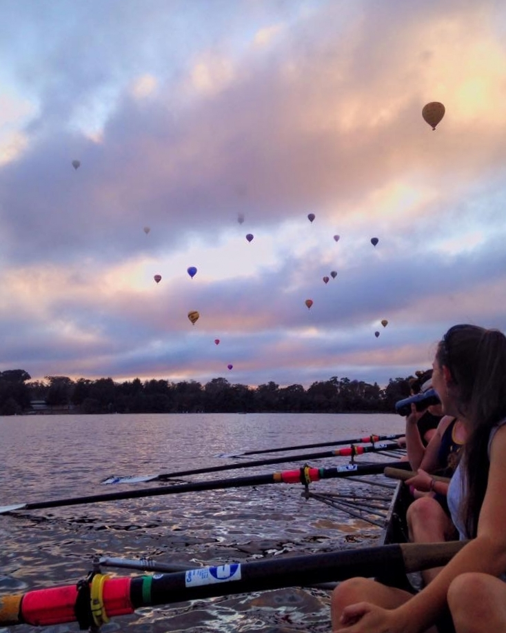 Rowers with balloons.jpg