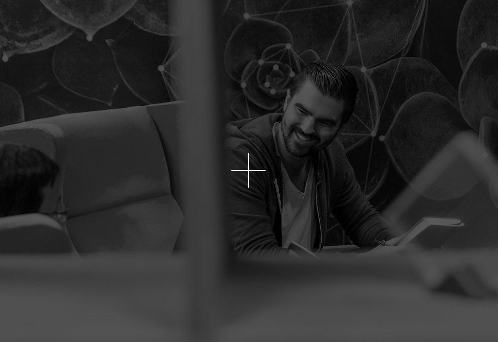 office-dark-plus-3.jpg