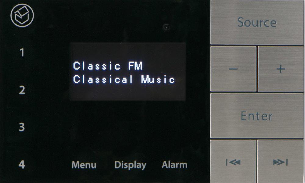 E100_Radio.jpg