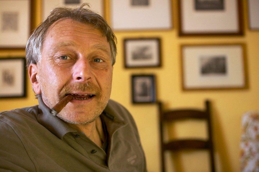 可惜,這位釀酒師去年九月與世長辭,享年70 。