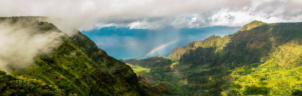 Kalalau Lookout Rainbow.jpg