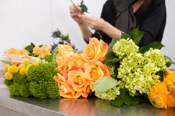 We offer floral design classes for groups of 8 or more. Please call for more details.