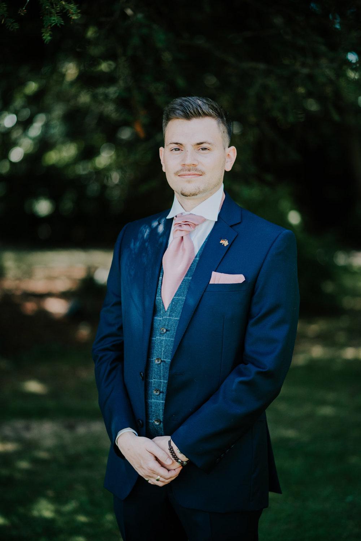 scott-stockwell-wedding-photographer-wood-norton-evesham093.jpg