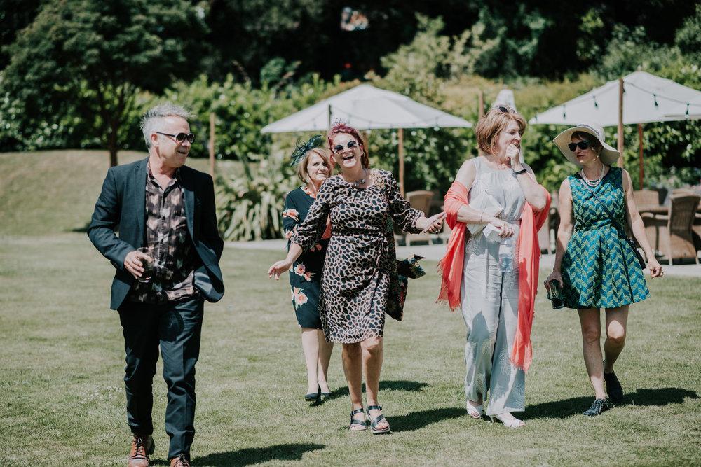 scott-stockwell-wedding-photographer-wood-norton-evesham118.jpg