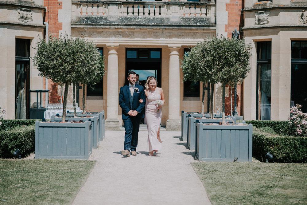 scott-stockwell-wedding-photographer-wood-norton-evesham131.jpg