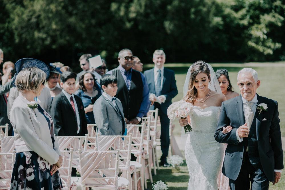scott-stockwell-wedding-photographer-wood-norton-evesham150.jpg