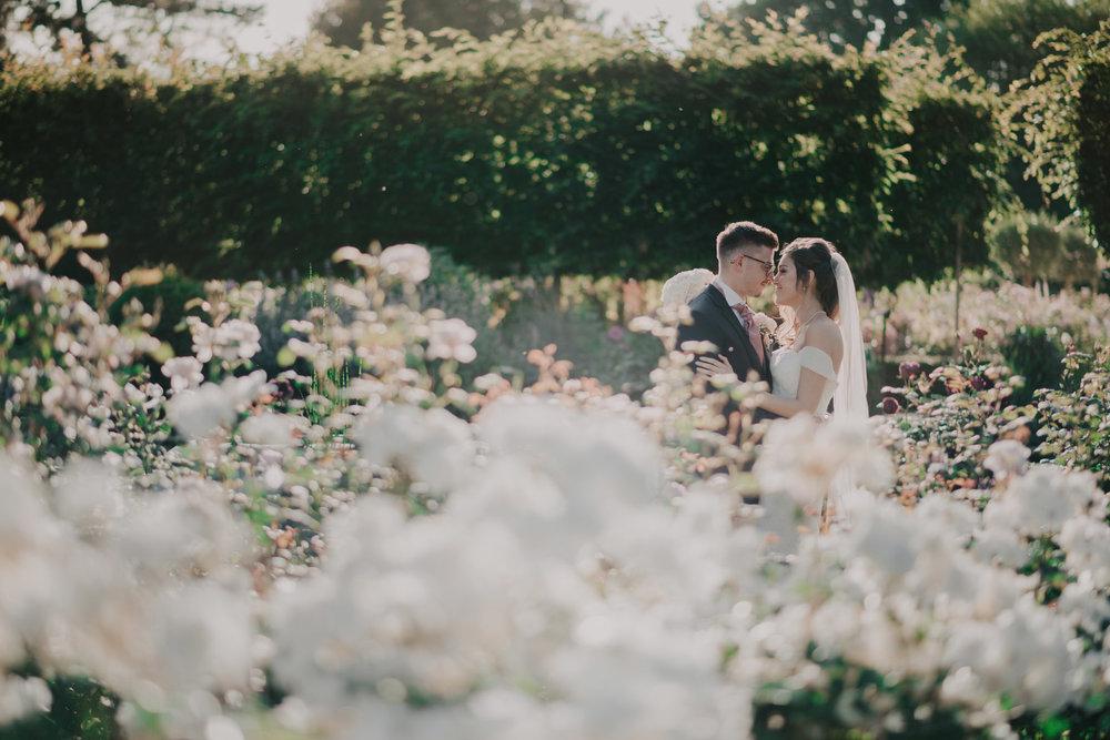 scott-stockwell-wedding-photographer-wood-norton-evesham331.jpg