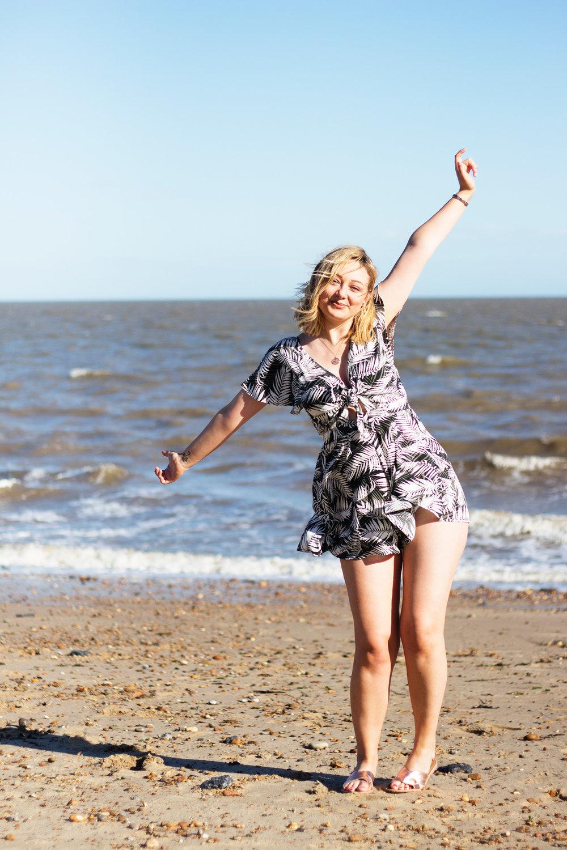Lauren-Sowter-Photoshoot-Felixstowe.jpg