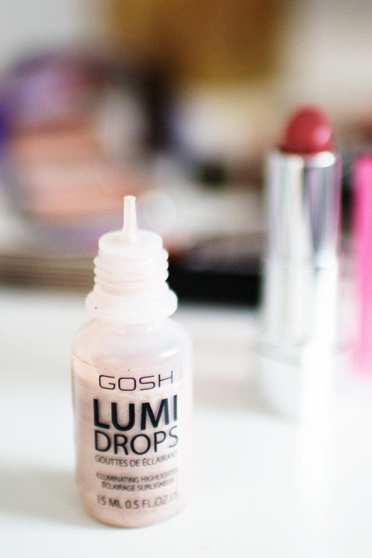 Gosh Lumi Drops in 002 Vanilla. Photography by Alice Red.