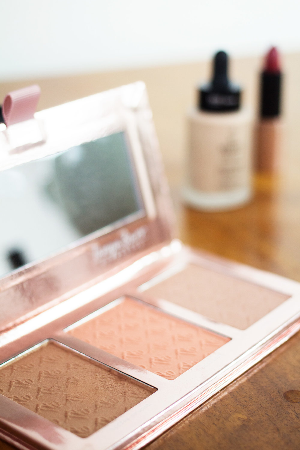 Tanya Burr Sweet Cheeks Palette. Photography by Alice Red.