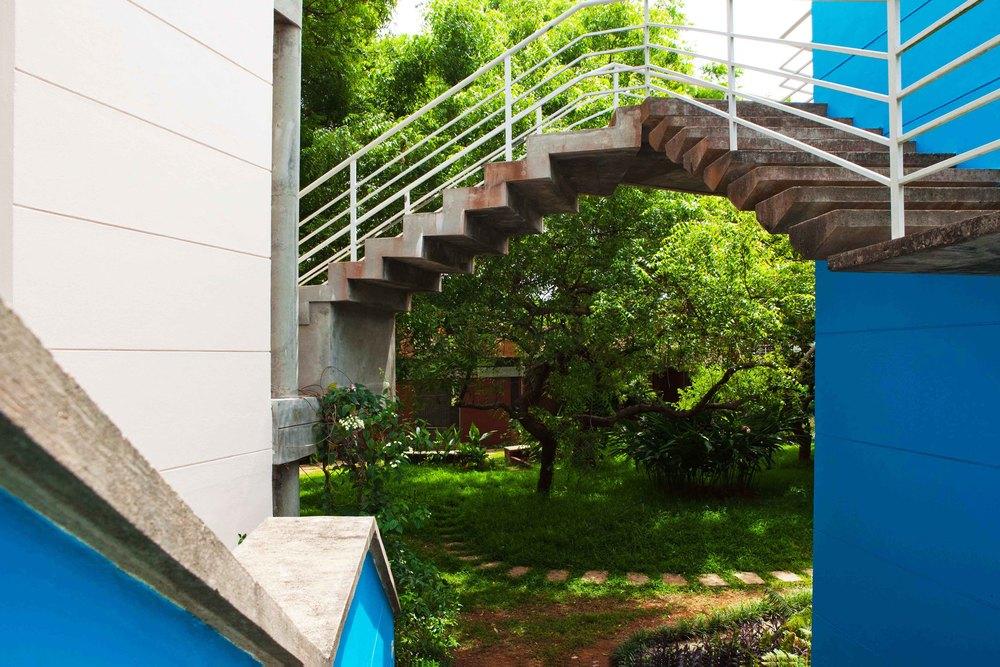 dj20110609260 copy.jpg